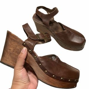Candies Vintage Wood Clogs Leather Ankle Straps 10